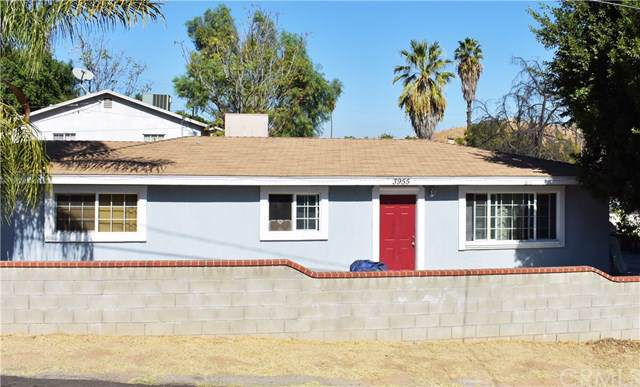3955 Tomlinson Ave, Riverside, CA 92503 (#PW19242900) :: The Ashley Cooper Team