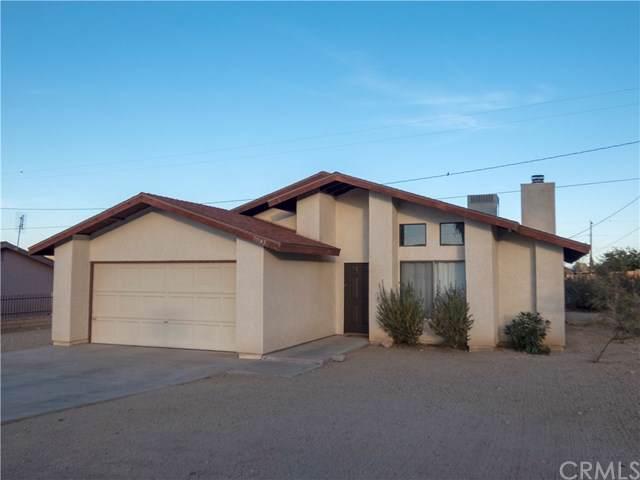 7041 Datura Avenue, 29 Palms, CA 92277 (#JT19263582) :: Berkshire Hathaway Home Services California Properties