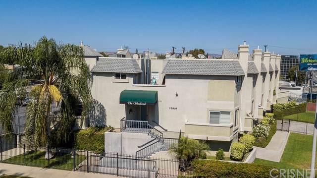 22809 Del Valle Street #4, Woodland Hills, CA 91364 (#SR19264008) :: Allison James Estates and Homes