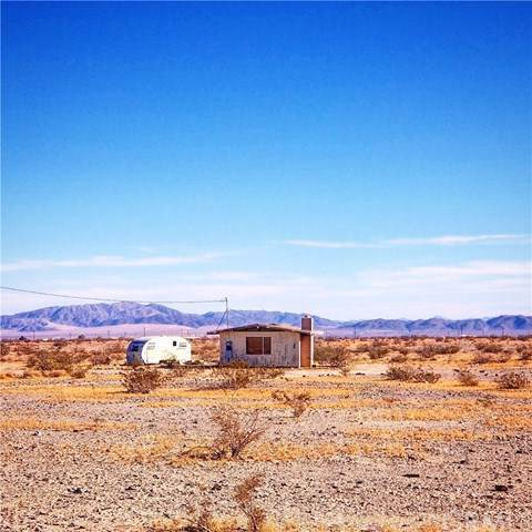 80649 Brown Road, 29 Palms, CA 92277 (#JT19264084) :: J1 Realty Group
