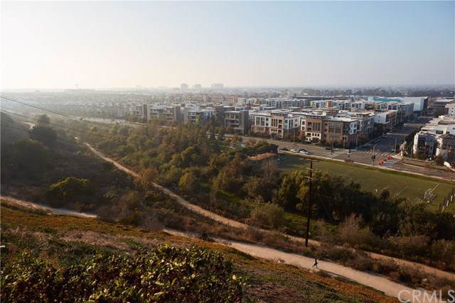 7455 Mcconnell Avenue, Los Angeles (City), CA 90045 (#SB19263910) :: Powerhouse Real Estate