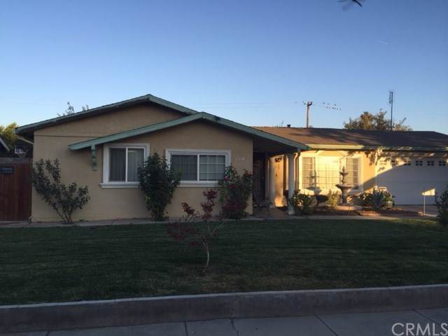 1534 Cypress Place, Los Banos, CA 93635 (#MD19264022) :: The Costantino Group | Cal American Homes and Realty
