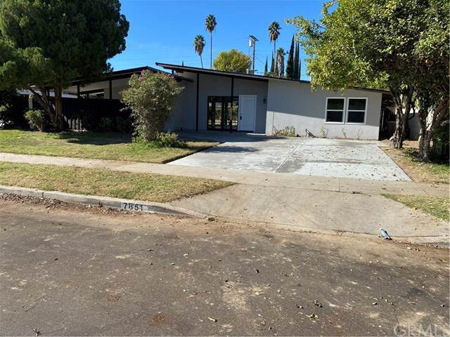 7851 Melvin, Reseda, CA 91335 (#WS19264165) :: Steele Canyon Realty