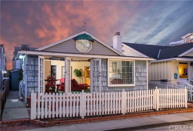 205 Topaz Avenue, Newport Beach, CA 92662 (#OC19260182) :: Fred Sed Group