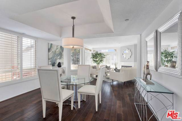 1914 Selby Avenue #101, Los Angeles (City), CA 90025 (#19529784) :: A|G Amaya Group Real Estate