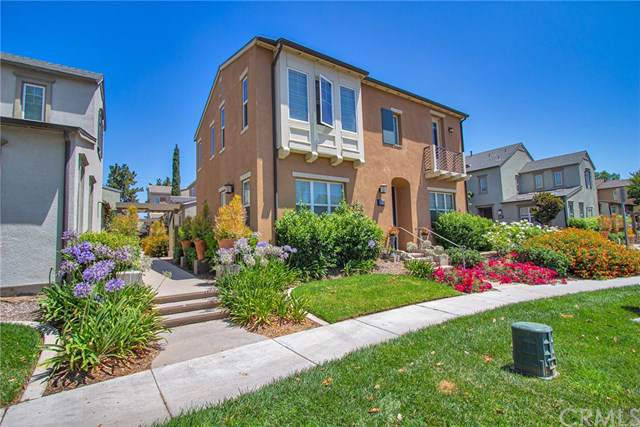 8460 Weatherwood Street, Chino, CA 91708 (#CV19264689) :: Fred Sed Group