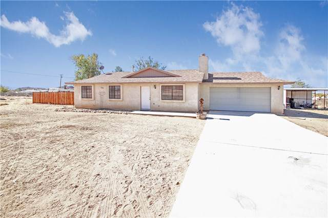 15226 Sherri Lane, Apple Valley, CA 92307 (#CV19264829) :: J1 Realty Group
