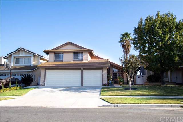 993 Wheaton Drive, Corona, CA 92880 (#TR19264912) :: The Costantino Group | Cal American Homes and Realty