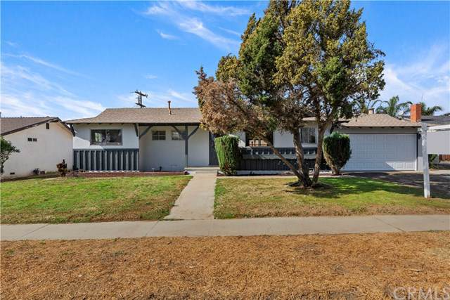992 N Willow Avenue, Rialto, CA 92376 (#CV19264786) :: J1 Realty Group