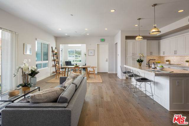 12650 Sandhill Lane #3, Playa Vista, CA 90094 (#19530250) :: Team Tami