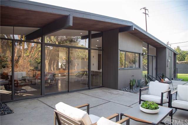 515 W Maplewood Avenue, Fullerton, CA 92832 (#PW19265186) :: Pam Spadafore & Associates