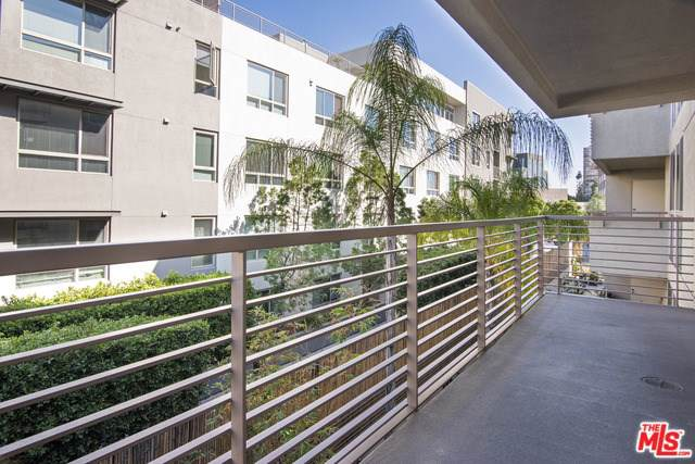 267 S San Pedro Street #314, Los Angeles (City), CA 90012 (#19530338) :: Keller Williams Realty, LA Harbor
