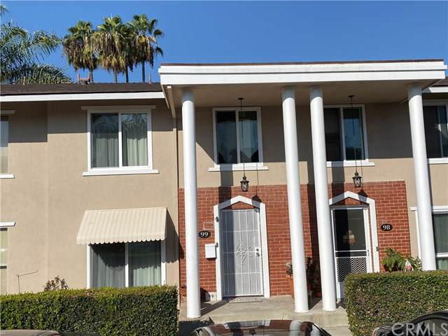 12100 Montecito Road #99, Los Alamitos, CA 90720 (#PW19265462) :: Twiss Realty