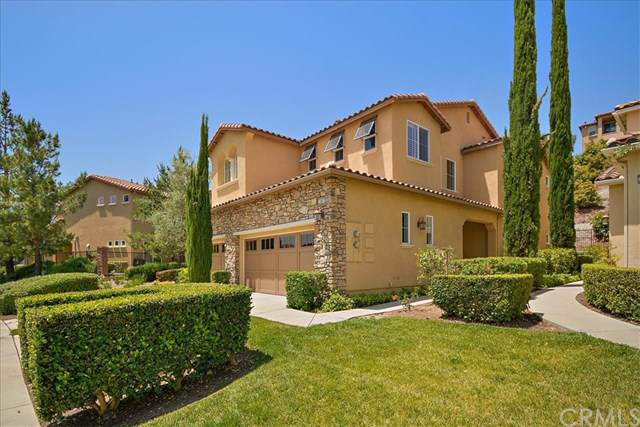 23801 Los Pinos Court, Corona, CA 92883 (#CV19265502) :: The Costantino Group | Cal American Homes and Realty