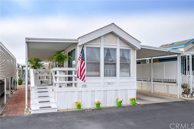 200 S Dolliver Street #425, Pismo Beach, CA 93449 (#PI19265578) :: J1 Realty Group