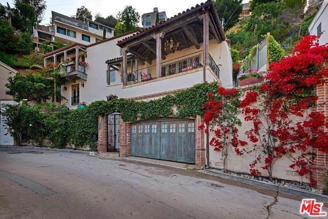 8623 Franklin Avenue, Los Angeles (City), CA 90069 (#19530350) :: Mainstreet Realtors®