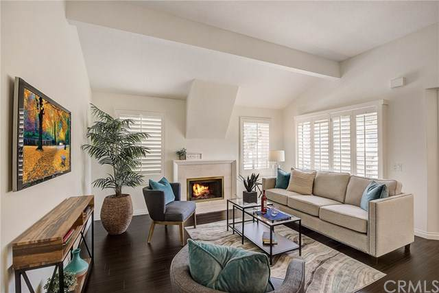 63 Corsica Drive #38, Newport Beach, CA 92660 (#OC19265327) :: Keller Williams Realty, LA Harbor