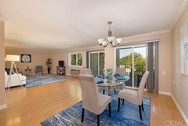 2370 W Via Mariposa W 2C, Laguna Woods, CA 92637 (#OC19265620) :: Legacy 15 Real Estate Brokers