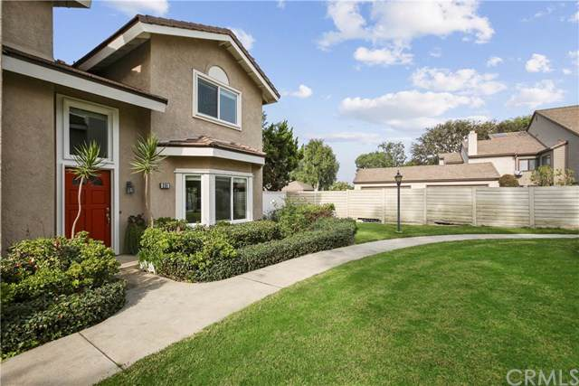 226 Greenmoor, Irvine, CA 92614 (#PW19263564) :: Case Realty Group