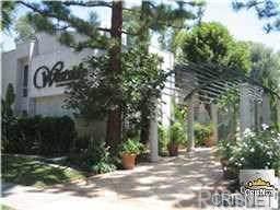 20134 Leadwell Street #122, Winnetka, CA 91306 (#SR19265839) :: RE/MAX Estate Properties