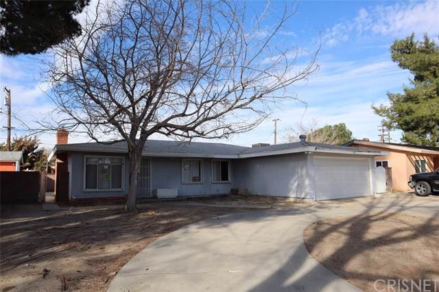 44947 Foxton Avenue, Lancaster, CA 93535 (#SR19266102) :: The Miller Group