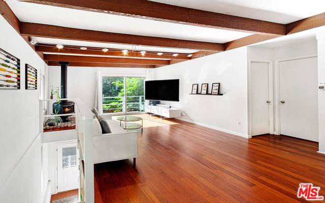10009 Westwanda Drive, Beverly Hills, CA 90210 (#19530406) :: Powerhouse Real Estate
