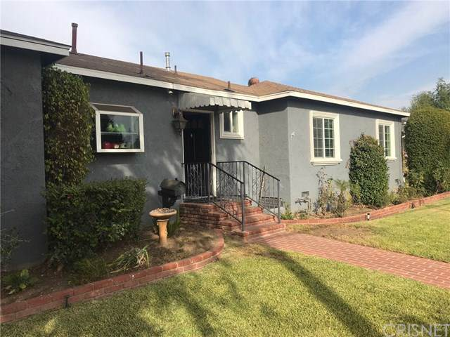 15121 Lassen Street, Mission Hills (San Fernando), CA 91345 (#SR19265339) :: The Brad Korb Real Estate Group