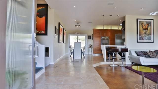 10341 Kurt Street, Lakeview Terrace, CA 91342 (#SR19266032) :: The Brad Korb Real Estate Group