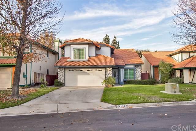 1128 W Van Koevering Street, Rialto, CA 92376 (#CV19266416) :: A|G Amaya Group Real Estate