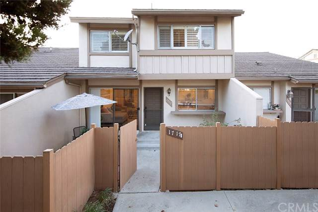 1717 N Gilbert Street #11, Fullerton, CA 92833 (#DW19266428) :: J1 Realty Group