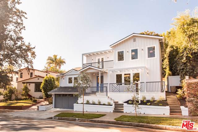 10290 Cheviot Drive, Los Angeles (City), CA 90064 (#19530712) :: The Miller Group