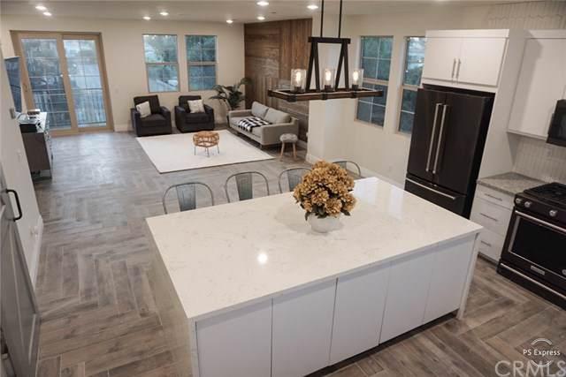 584 S Harbor Boulevard, Santa Ana, CA 92704 (#OC19266260) :: The Laffins Real Estate Team