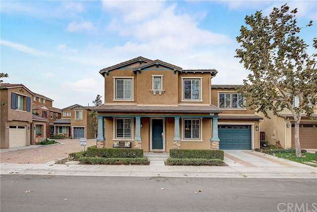 281 W Pebble Creek Lane, Orange, CA 92865 (#OC19266119) :: The Laffins Real Estate Team