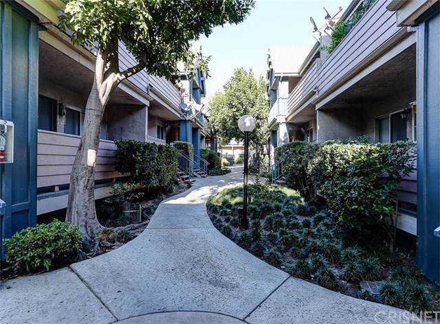 13126 Bromont Avenue #2, Sylmar, CA 91342 (#SR19266779) :: Legacy 15 Real Estate Brokers
