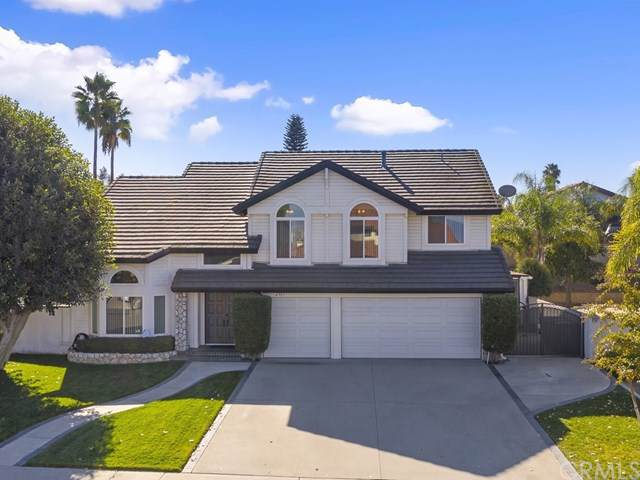207 Juniperhill Lane, Riverside, CA 92506 (#IV19267019) :: OnQu Realty