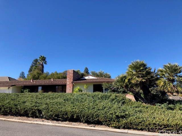 1518 Country Club Drive, Paso Robles, CA 93446 (#NS19267300) :: RE/MAX Parkside Real Estate