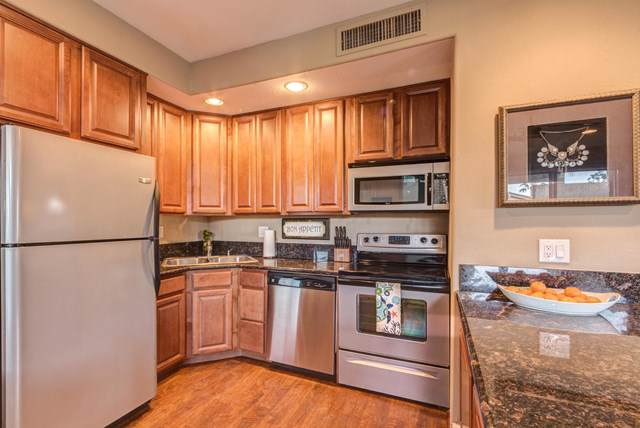 78175 Cabrillo Lane #48, Indian Wells, CA 92210 (#219034098DA) :: J1 Realty Group