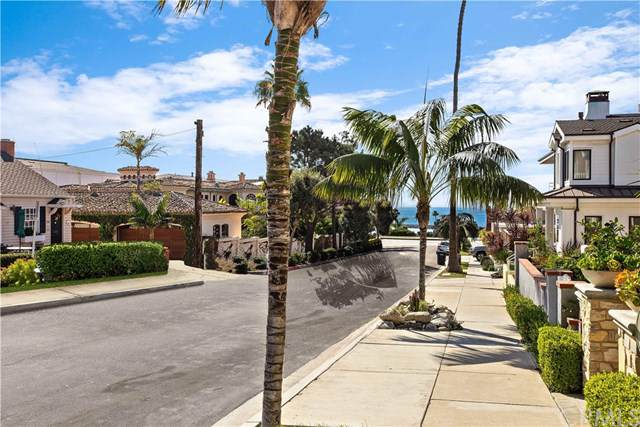 223 Heliotrope Avenue, Corona Del Mar, CA 92625 (#NP19266009) :: Sperry Residential Group