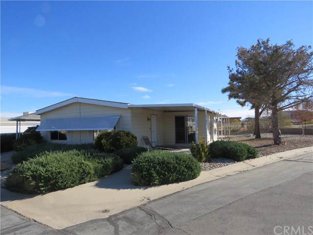 7501 Palm #85, Yucca Valley, CA 92284 (#JT19265482) :: The Brad Korb Real Estate Group