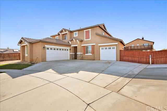 13889 Periwinkle Court, Hesperia, CA 92344 (#CV19267764) :: J1 Realty Group