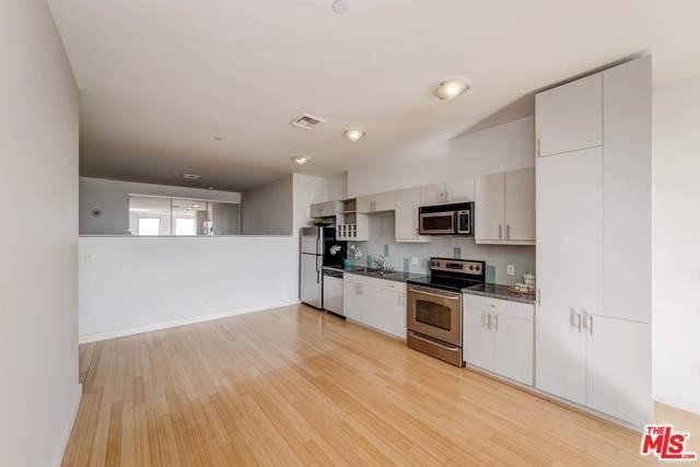 3810 Wilshire #1011, Los Angeles (City), CA 90010 (#19531080) :: Z Team OC Real Estate