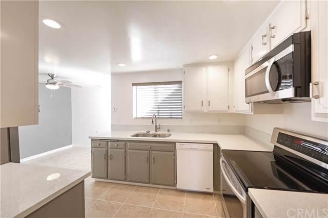 3243 San Amadeo 3E, Laguna Woods, CA 92637 (#OC19265569) :: Z Team OC Real Estate