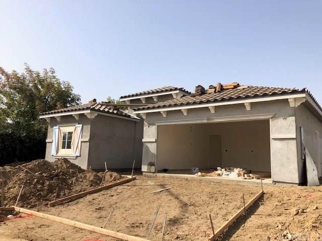 1180 Crystal Way, Madera, CA 93637 (#MD19267997) :: The Brad Korb Real Estate Group