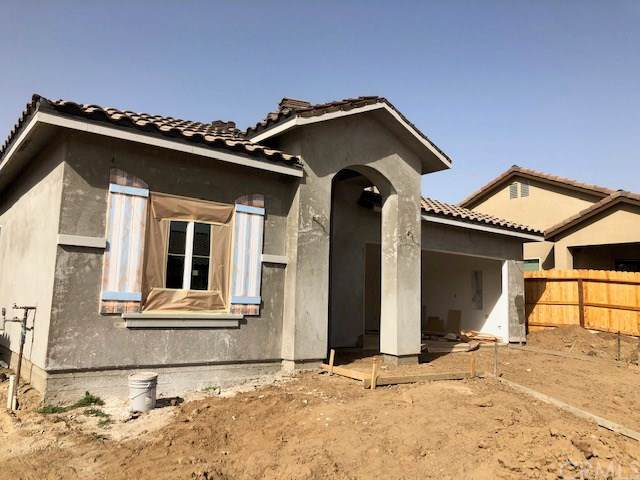1183 Majestic Way, Madera, CA 93637 (#MD19268009) :: The Brad Korb Real Estate Group