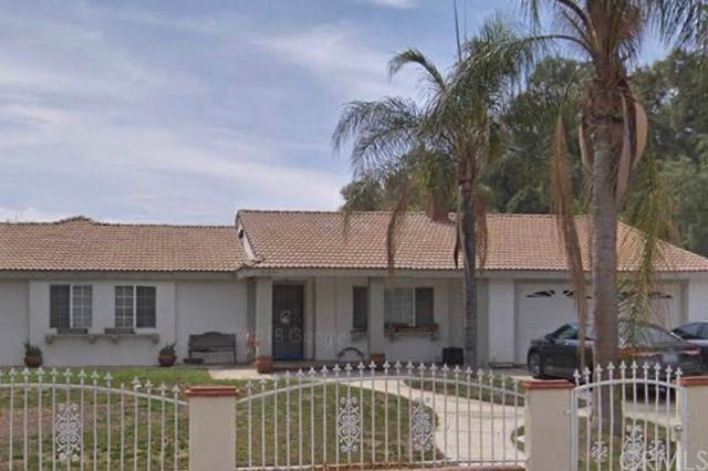 31063 Sunset Avenue, Nuevo/Lakeview, CA 92567 (#OC19265451) :: California Realty Experts