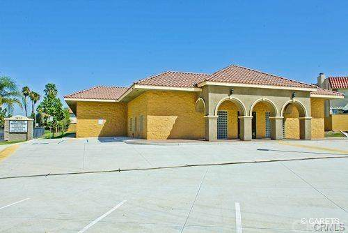 2935 Oswell Street, Bakersfield, CA 93306 (#CV19268152) :: RE/MAX Parkside Real Estate