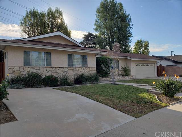 10606 Garden Grove Avenue, Porter Ranch, CA 91326 (#SR19268313) :: Mainstreet Realtors®