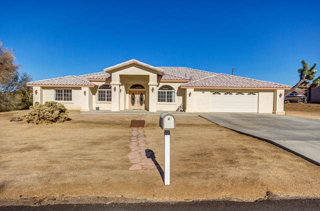 8843 San Diego Drive, Yucca Valley, CA 92284 (#219034180DA) :: Legacy 15 Real Estate Brokers