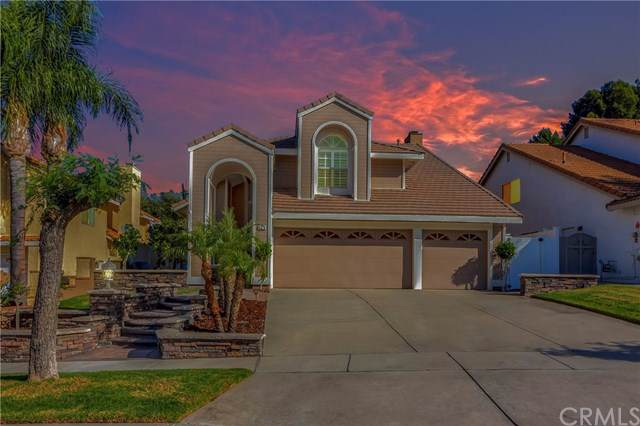 3319 Deaver Drive, Corona, CA 92882 (#PW19268519) :: Rogers Realty Group/Berkshire Hathaway HomeServices California Properties