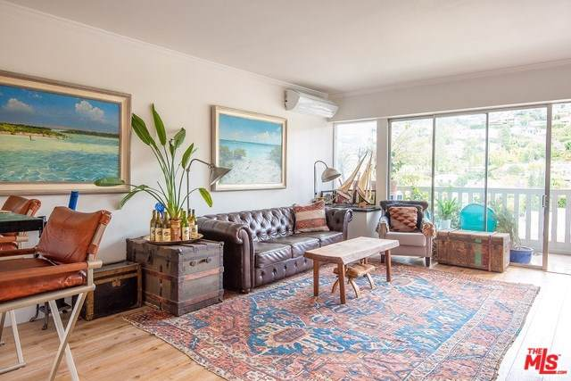 999 N Doheny Drive #1004, West Hollywood, CA 90069 (#19531090) :: Powerhouse Real Estate